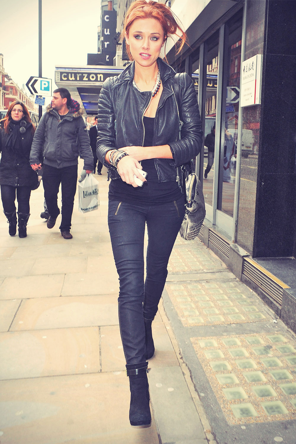 Una Healy visiting the dentist in London