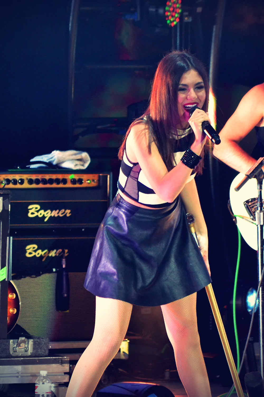 Victoria Justice Summer Break Tour performance candids