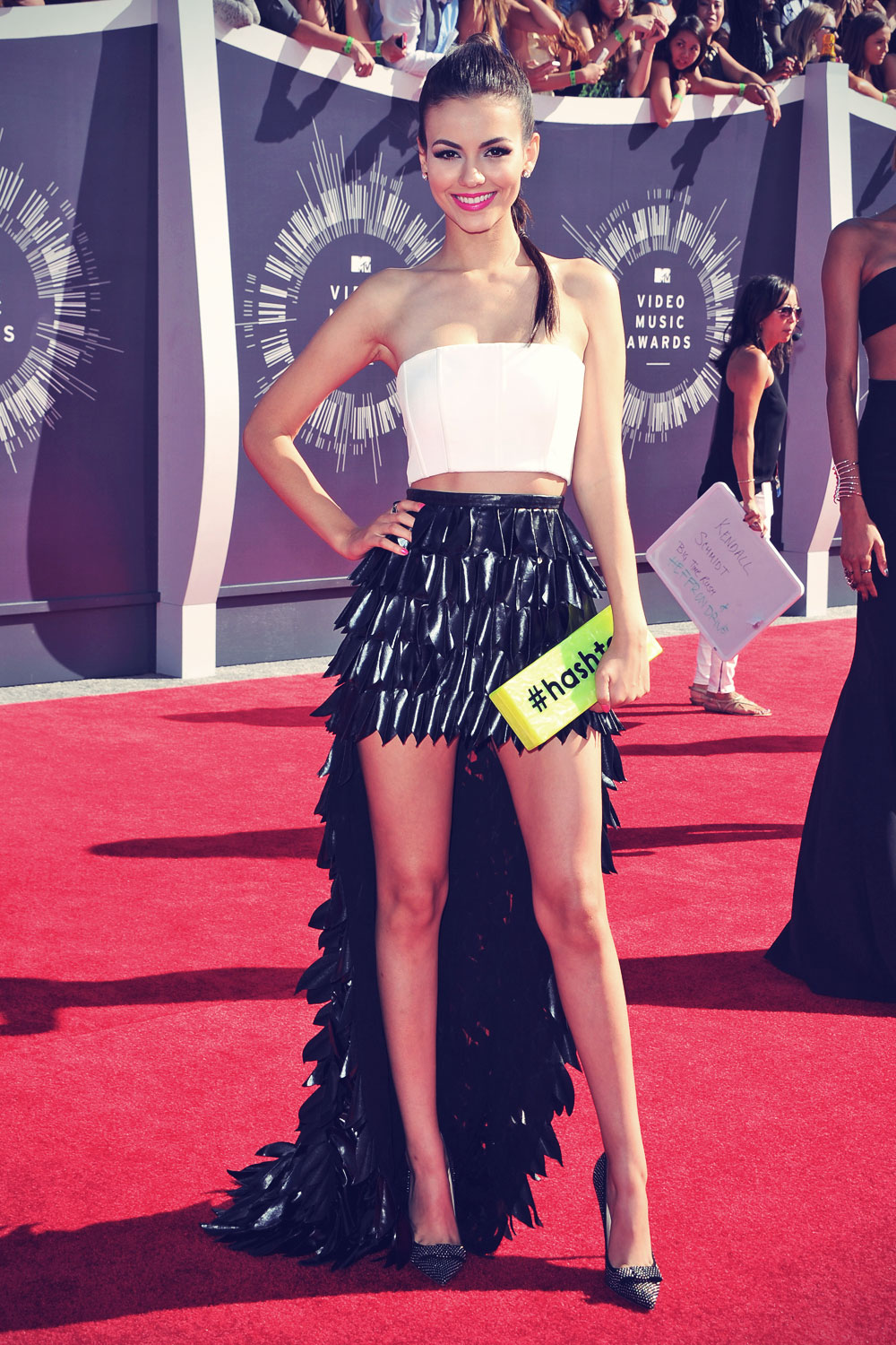 Victoria Justice attends 2014 MTV Video Music Awards