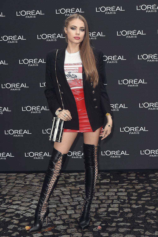Xenia Tchoumitcheva attends Le Defile L'Oreal Paris show