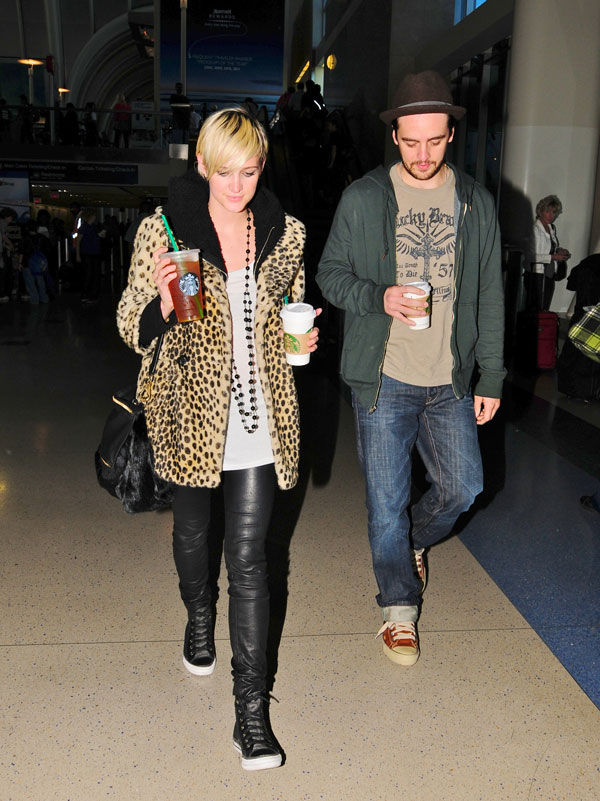 Ashlee Simpson At LAX Airport Los Angeles