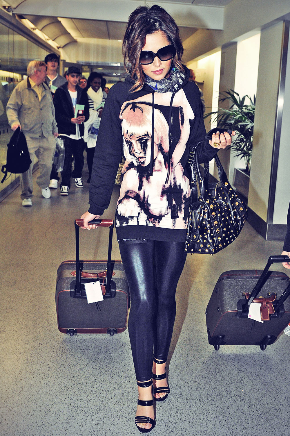 Cheryl Cole has jetted out to Los Angeles