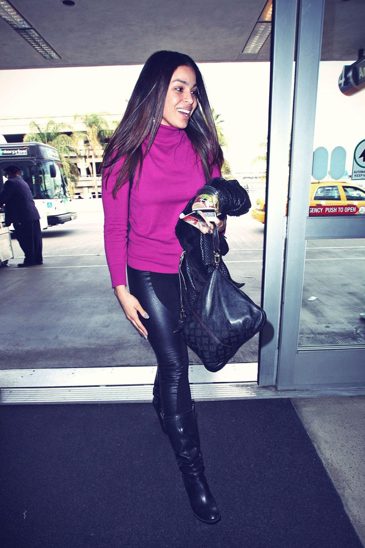 Jordin Sparks And Jennifer Hudson At Lax Airport Leather