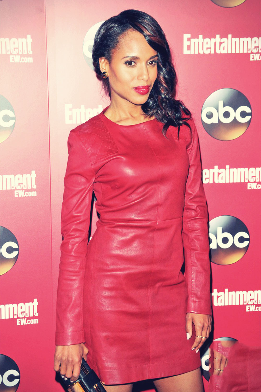Kerry Washington attends the Entertainment Weekly & ABC Upfront Party