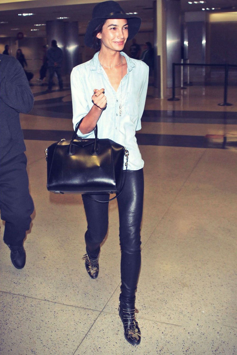 Lily Aldridge lands at LAX Airport