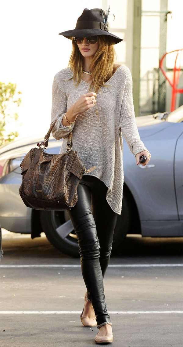 Rosie Huntington-Whiteley having lunch at the Cafe Med in Beverly Hills
